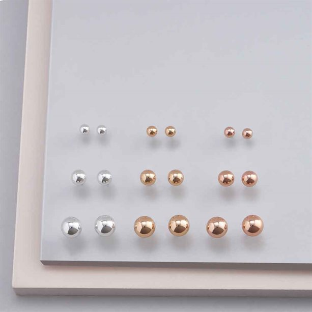 Avon 9 Piece Stud Earring Gift Set