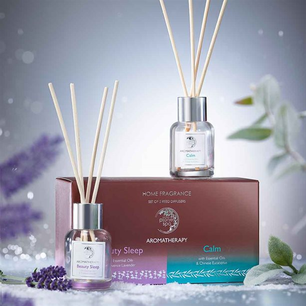 Avon Aromatherapy Set of 2 Reed Diffusers