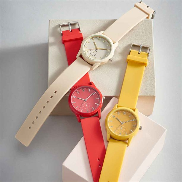 Avon Phoebe Silicone Watch - Red - Red