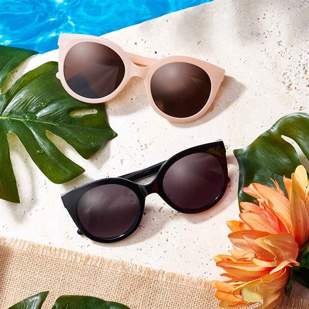 Avon Summer Sunglasses - Black