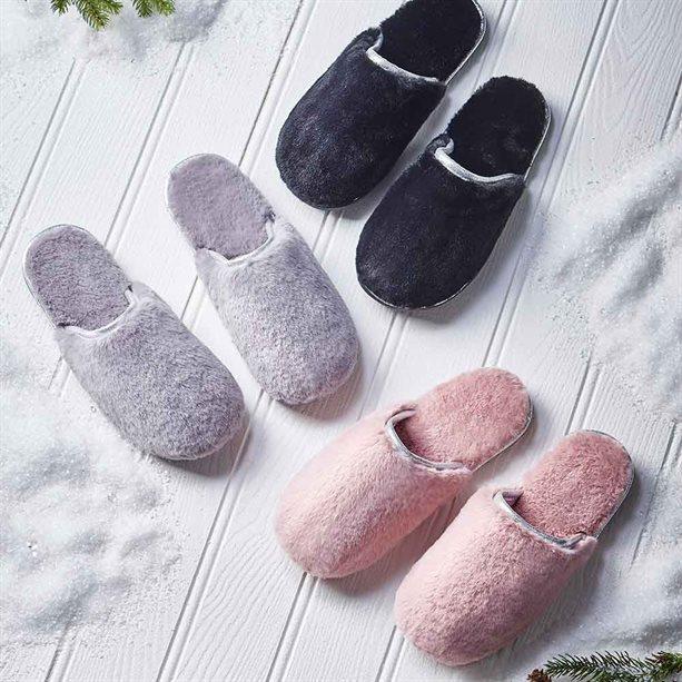 Avon Winona Fluffy Slipper Mules - S (size 3/4) Black
